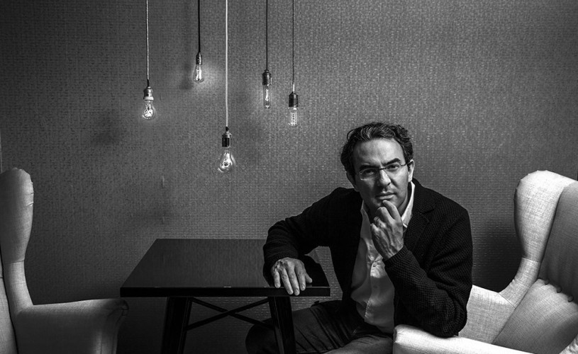 Juan Gabriel Vásquez, cel mai important scriitor columbian al momentului,deschide serile literaturii FILTM 2018