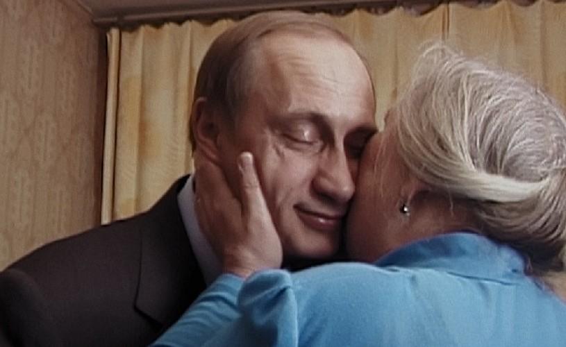 """""""Martorii lui Putin"""". Începutul sfârșitului ★★★★★"""