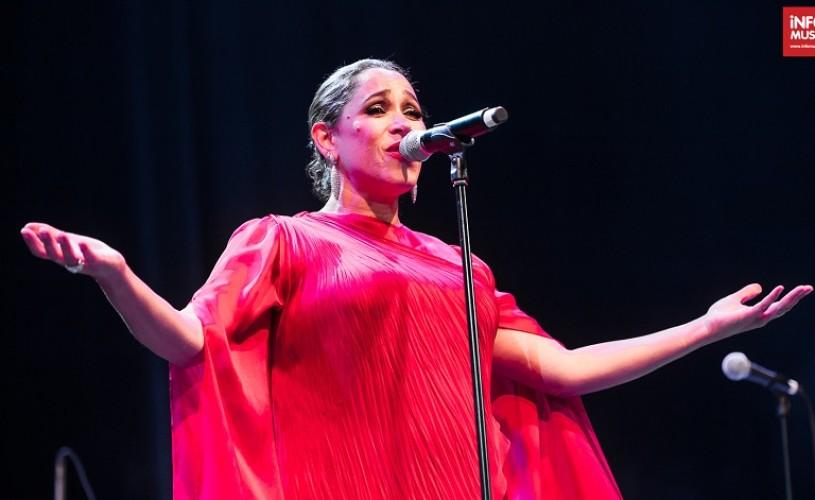 Peste 6.000 de spectatori la concertele Pink Martini cu cântece de iarnă de pe 1 și 2 decembrie