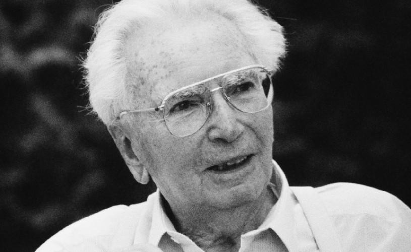 """Cartea zilei: """"Omul în căutarea sensului vieții"""", de Viktor Frankl"""