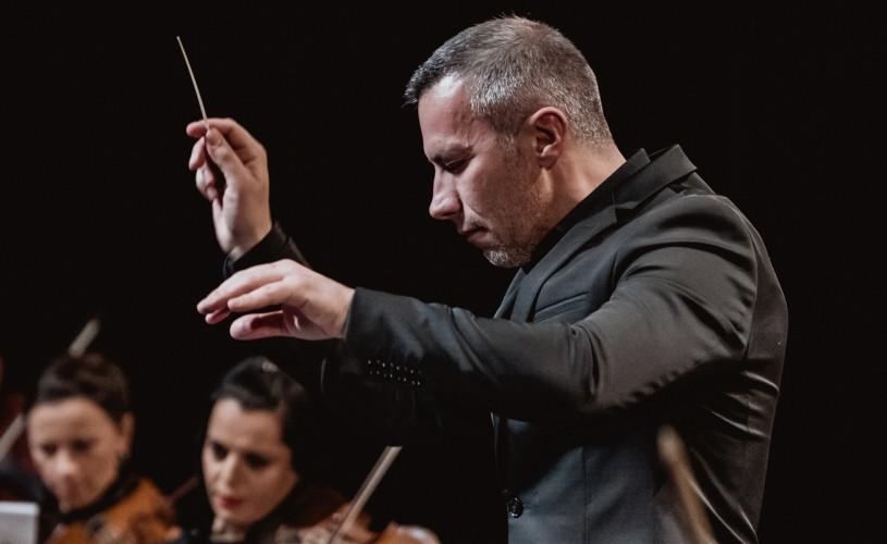 """Muzica văzută prin ochii unui dirijor: """"Pentru ce mergem la operă?"""" și """"Nouă povești muzicale"""""""