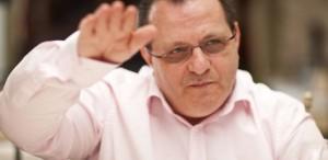 Victor Ioan Frunză: Câte compromisuri trebuie să faci pentru a nu face compromisuri?
