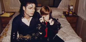 Michael Jackson interzis la radio, după difuzarea documentarului