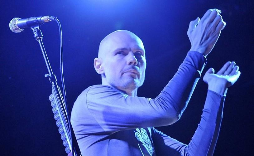 Billy Corgan, solistul Smashing Pumpkins, concertează pe 8 iuliela Bucureşti
