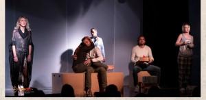 """""""Hașteg"""", un spectacol care pune față în față viața reală cu viața de pe social media"""