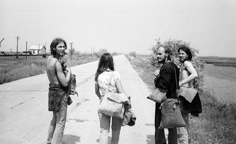 Soviet Hippies & Baron Prášil–lupta pentru escapism și libertate de exprimare
