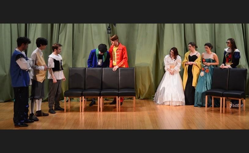 """""""Bădăranii"""" e un model teatral de poftă de viață îmbinată inteligent cu candoarea junilor"""