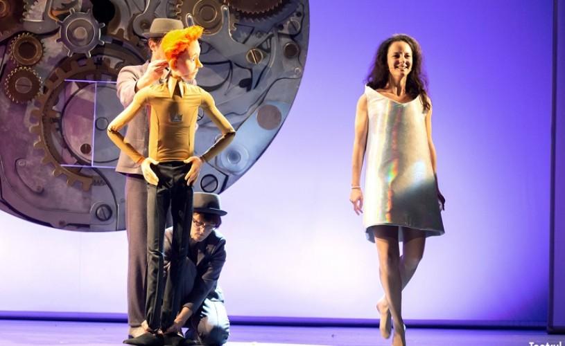 """""""Cenuşăreasa"""", în viziunea scenică a lui Felix Alexa, în premieră la Teatrul Ţăndărică"""