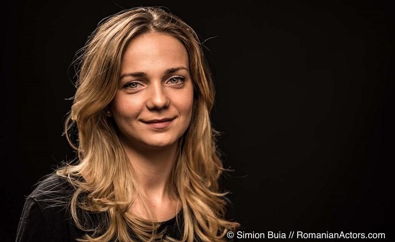 """Mihaela Velicu, actriță: """"Cât am fost studentă, era doar un vis să joc la Teatrul Metropolis"""""""