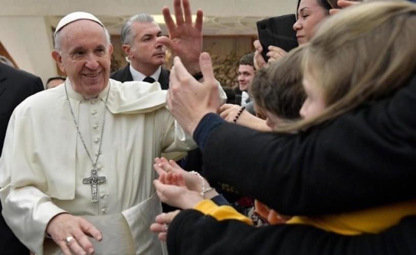 10 motive să nu ratați la TVR vizita Papei Francisc în România