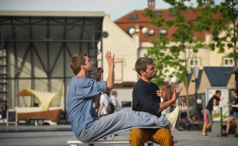 """FITS 2019: """"TUNELUL"""", prin circ contemporan despre Spectacol și Viață, și despre Împreună"""