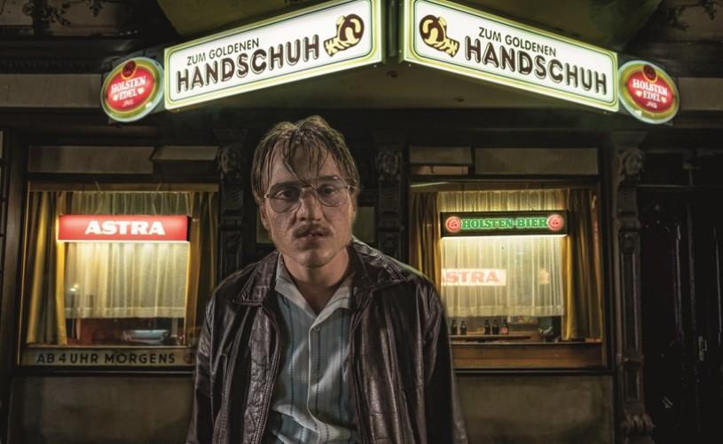 """""""The Golden Glove"""", thrillerul șoc al lui Fatih Akin despre un criminal în serie, din 21 iunie în cinema"""