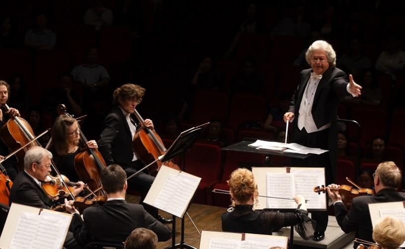 Yuri Botnari dăruiește melomanilor Simfonia I de Ceaikovski