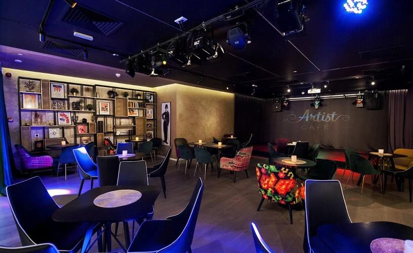 Teatrul În Culise se redeschide din septembrie în incinta Artist Café, pe Lipscani