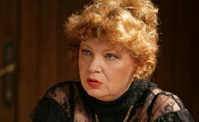 Cezara Dafinescu, 71