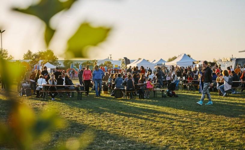 Peste 200 de vinuri și 8 concerte, la Festivalul Vinului Moldovei