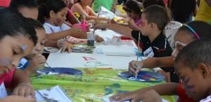 STUDIU. Peste 75% dintre români regretă că nu și-au urmat pasiunile artistice din adolescență