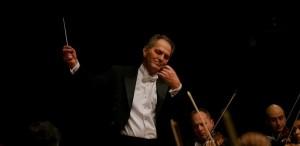 Cristian Mandeal revine la pupitrul Filarmonicii din Belgrad pe 4 octombrie