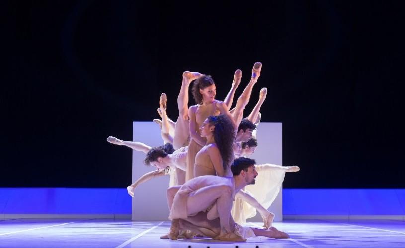 Două balerine românce vor dansa pe scena Sălii Palatului, alături de prestigioasa companie Bejart Ballet Lausanne