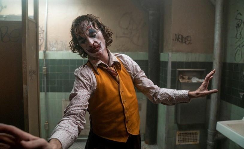 """""""Joker"""" al lui Joaquin Phoenix este acum la cinema"""