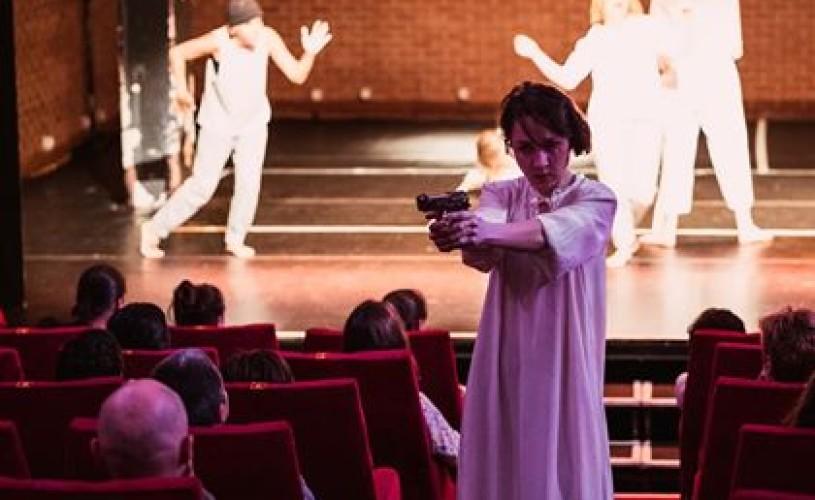 7 actori despre ce le place la Teatrul Metropolis
