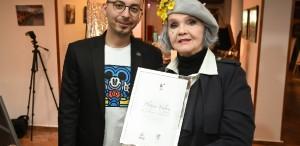 """Margareta Pâslaru, primul Ambasador al Festivalului Tânăr de la Sibiu, recompensată cu """"Platina Valorii"""""""