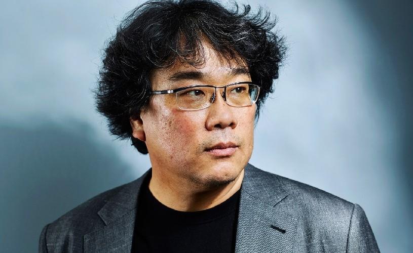 """Regizorul Bong Joon-Ho: """"Trăim într-o epocă în care capitalismul este ordinea dominantă și nu avem alternativă"""""""