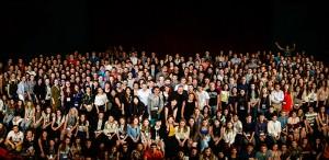 Se caută voluntari pentru Festivalul Internațional de Teatru de la Sibiu