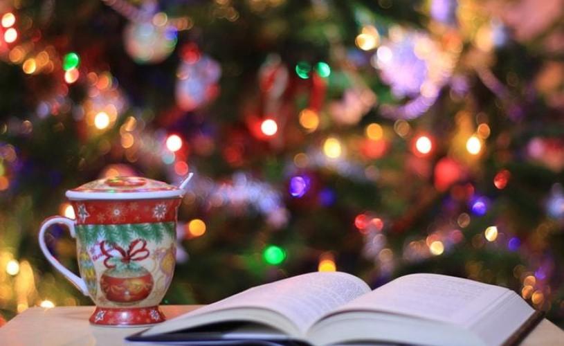 5 scriitori vă recomandă cărțile perfecte pentru Sărbătorile de iarnă