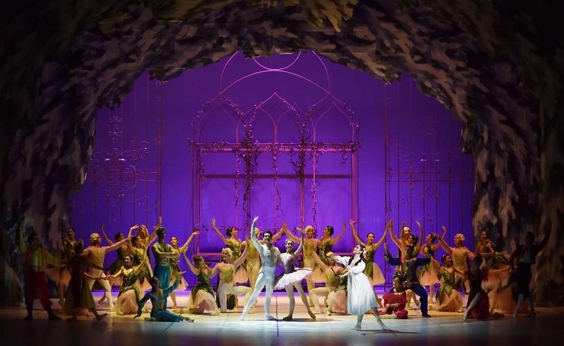 """""""Spărgătorul de nuci"""", baletul ce anunță sărbătorile de iarnă pe scena Operei Naționale București"""