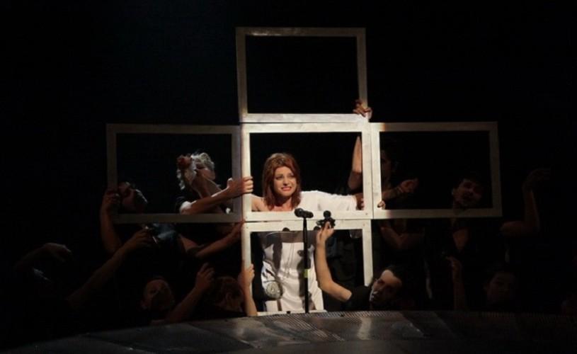 """""""Prometeu înlănțuit"""", pe scena Teatrului Național din Timișoara"""