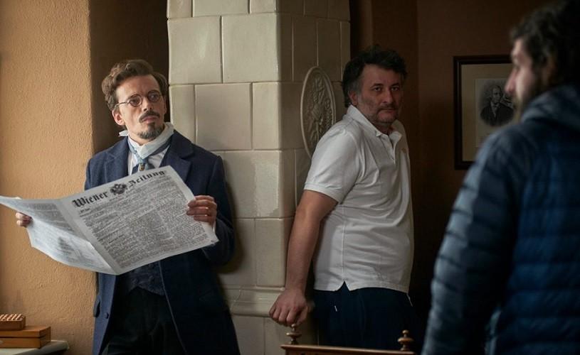 Filmul românesc strălucește la Berlinală: Cristi Puiu a câștigat Premiul pentru cel mai bun regizor la secțiunea Encounters