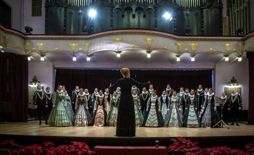 """Corul Național de Cameră """"Madrigal – Marin Constantin"""" susține un nou concert """"Ave Maria"""""""