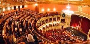 La Opera Națională București se întorc spectacolele în interior