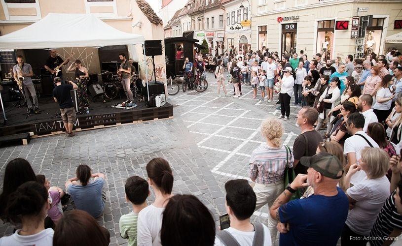 TAMTAM FESTIVAL – arta și cultura dau sens Brașovului, orașului din inima țării