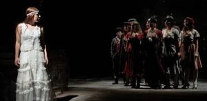 """Teatrul Masca transmite online, gratuit, spectacolele """"Clovnii"""" și """"Nastasia"""""""
