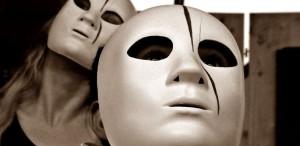 """""""Crimă și pedeapsă"""": #dosztoievskij b@r/reopening, premieră indoor la Timişoara"""