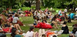 Weekend Sessions readuce în Grădina Botanică a Universității din București picnicuri și conexiuni culturale