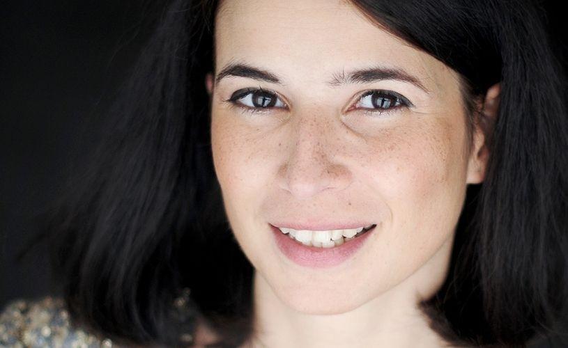 Portret în oglindă – pianista Mara Dobrescu