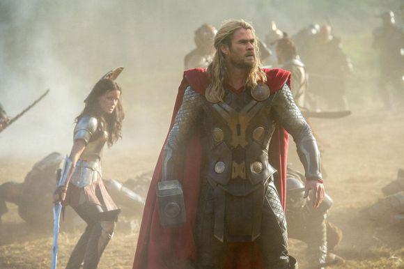 Jocurile foamei- Thor: Intunericul