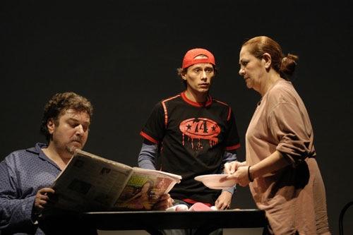 Teatrul Metropolis In rolul victimei