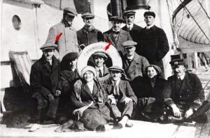 Stan Laurel şi Charlie Chapelin, 1912.