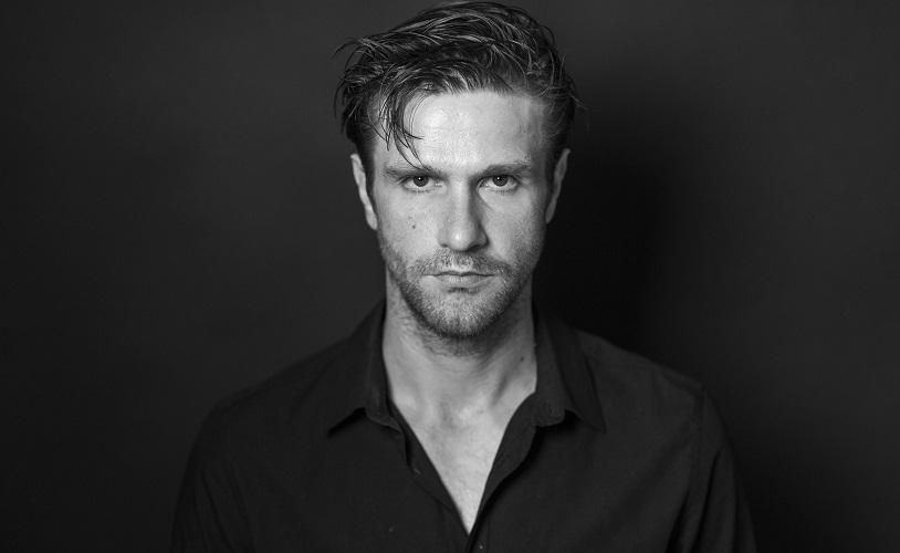 Radu Iacoban, fotografiat de Alex Galmeanu