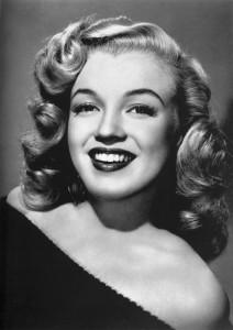 Marilyn_Monroe_-_publicity