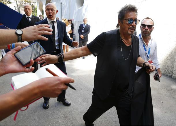 Al Pacino, 74 de ani, vedeta festivalului de film de la Veneţia