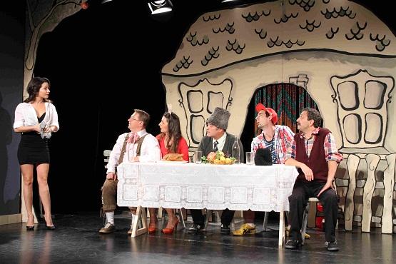 Comedii cu Gorobete, Teatrelli