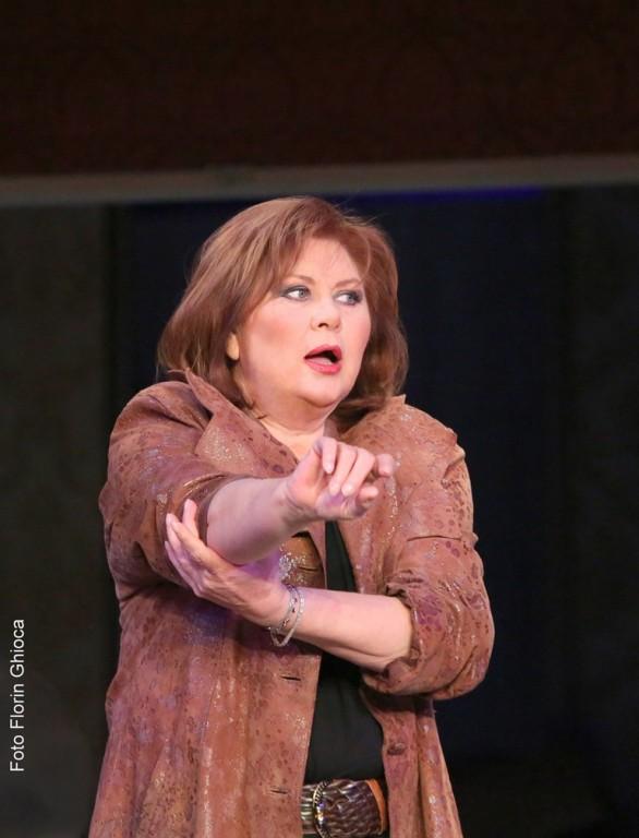 Florina Cercel, pe scena Naționalului bucureștean. Foto: Florin Ghioca