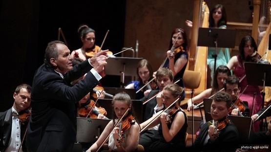 Cristian Mandeal şi Orchestra Romana de Tineret
