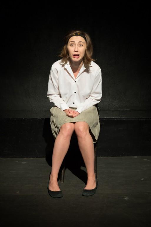 Iulia Colan, pe scena Teatrului Act. Fotografii: Bogdan Bobocescu