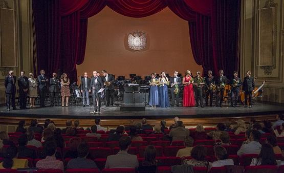 Le Grand Prix de l' Opéra